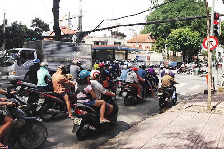 バイク天国ベトナム