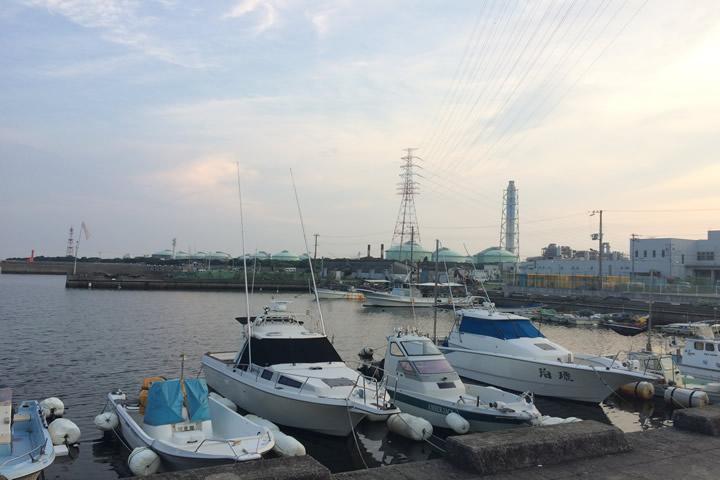 妻鹿漁港の停泊所