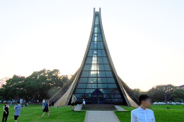 路思義教堂
