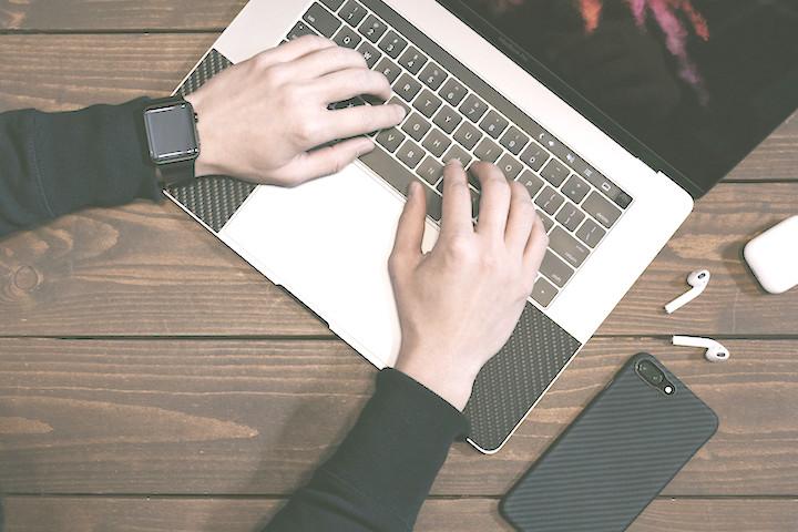 "Chromeの""使える便利な拡張機能""。web制作の現場便利ツールをご紹介。"