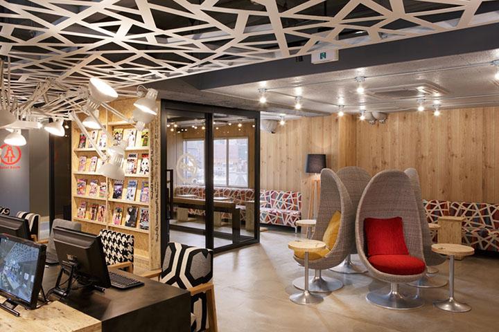 ネットカフェ&カプセル Booth