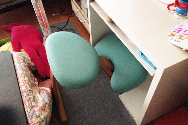 収まる椅子