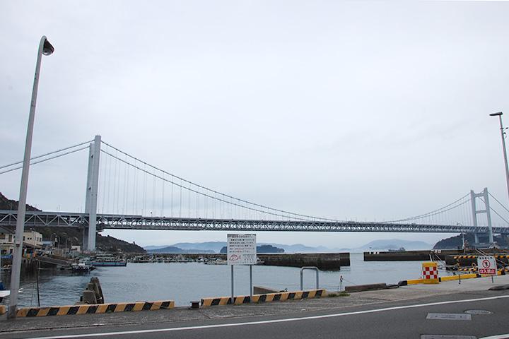 気がつけば瀬戸大橋がこんなに近くに