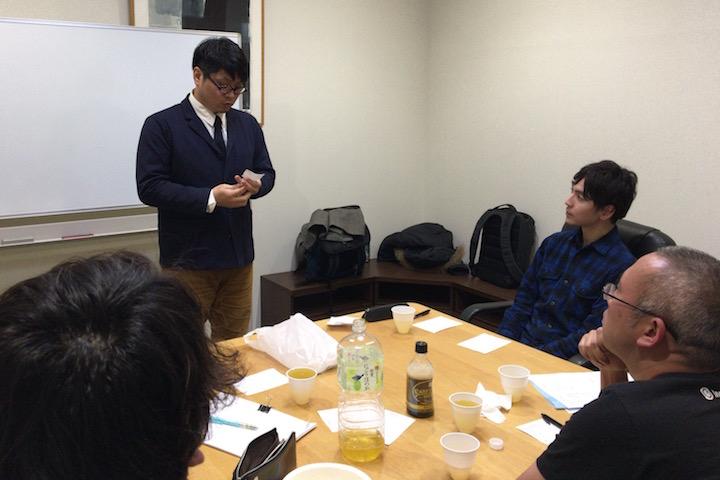 テーマ「20歳の時」について語る田村さん