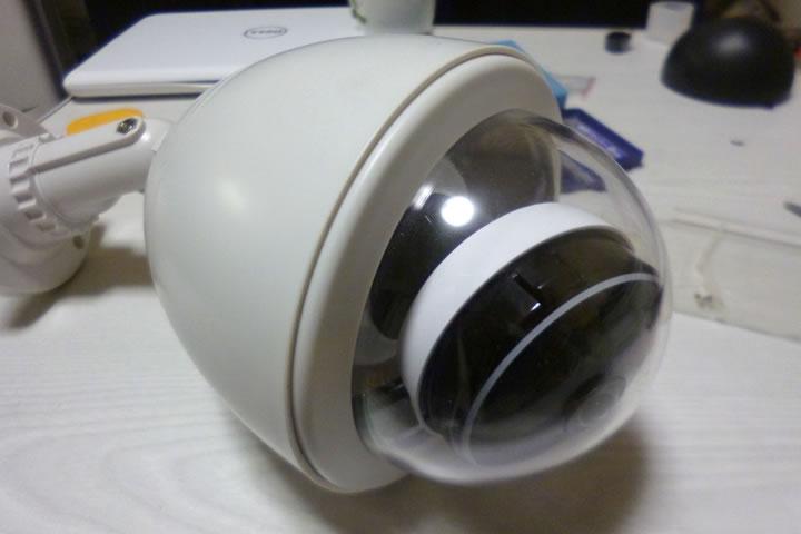 ダミーカメラを流用して屋内用カメラをハウジング。