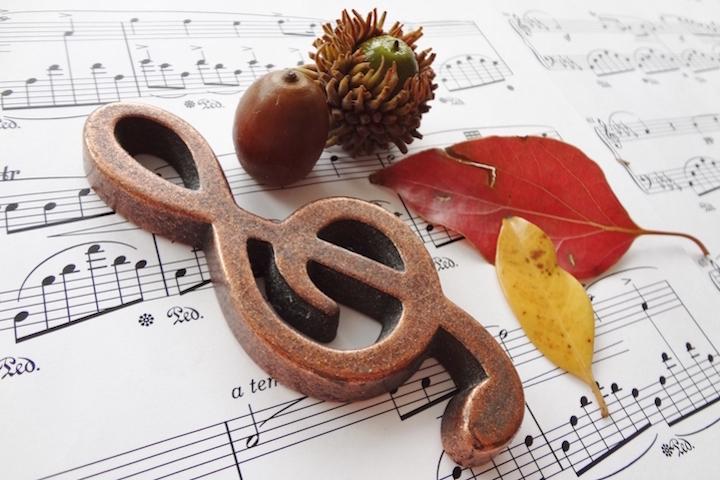 ト音記号と楽譜