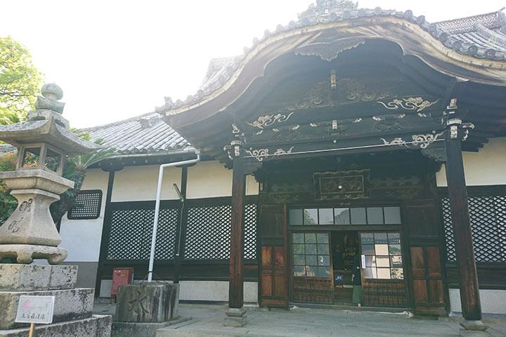 天寧寺の本堂